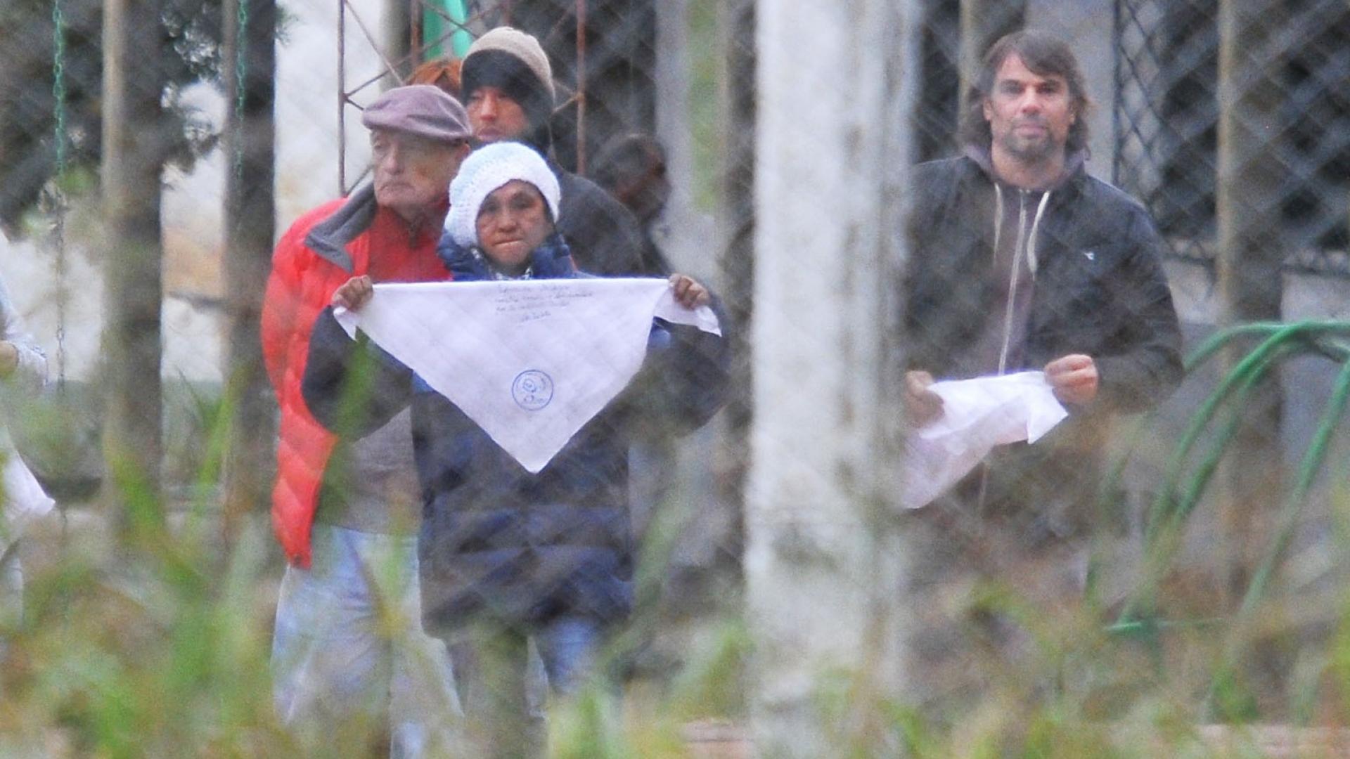 Abuelas En Pelotas ate capital - milagro sala alzó el pañuelo desde jujuy y